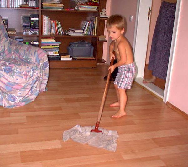 Как сделать уборку детям