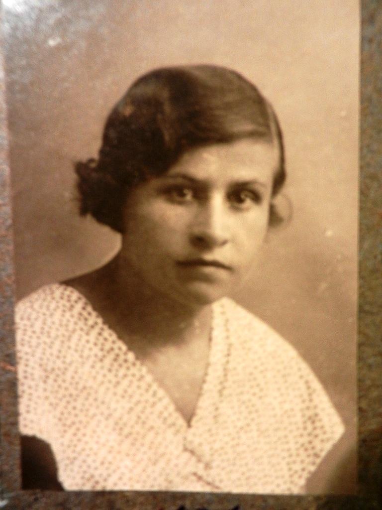 Фото двух старых бабушек 15 фотография
