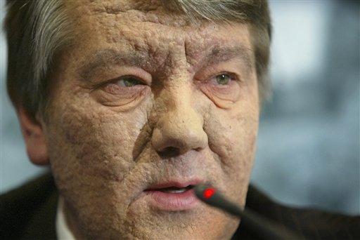 Ющенко обеспокоен ситуацией в Киеве