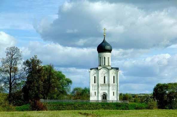 Двести православных храмов модульного типа планируется построить на территории Москвы, следует из проекта...